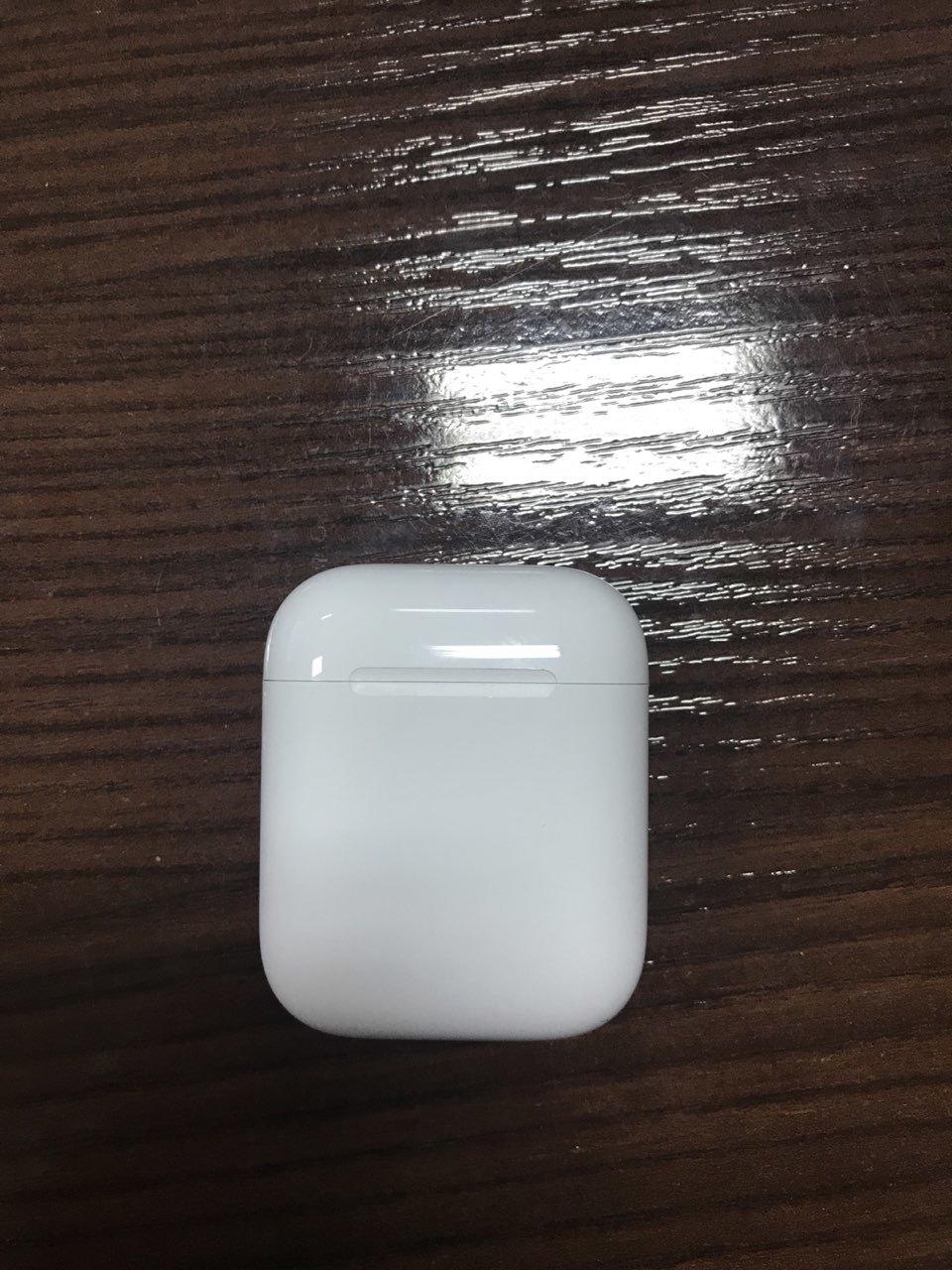 Apple AirPods (MMEF2)  fe6a5634636a1