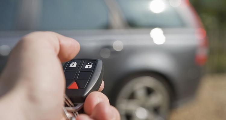 Защищаем авто от угона: советы по выбору и установке сигнализации
