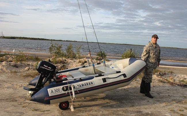 как сделать колеса на надувную лодку
